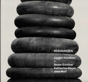 Buchcover Kunstkatalog Resonanzen Jürgen Knubben, Beate Günther, Katharina Mayer, Jens Wolf