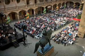 Adrienne Braun moderiert Ausstellungseröffnung Landesmuseum Württemberg Altes Schloss Stuttgart